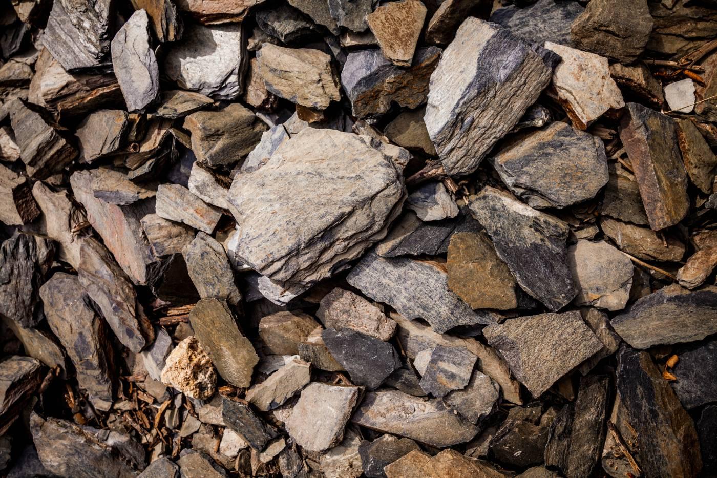 Schieferboden ist typisch für die Mittelmosel